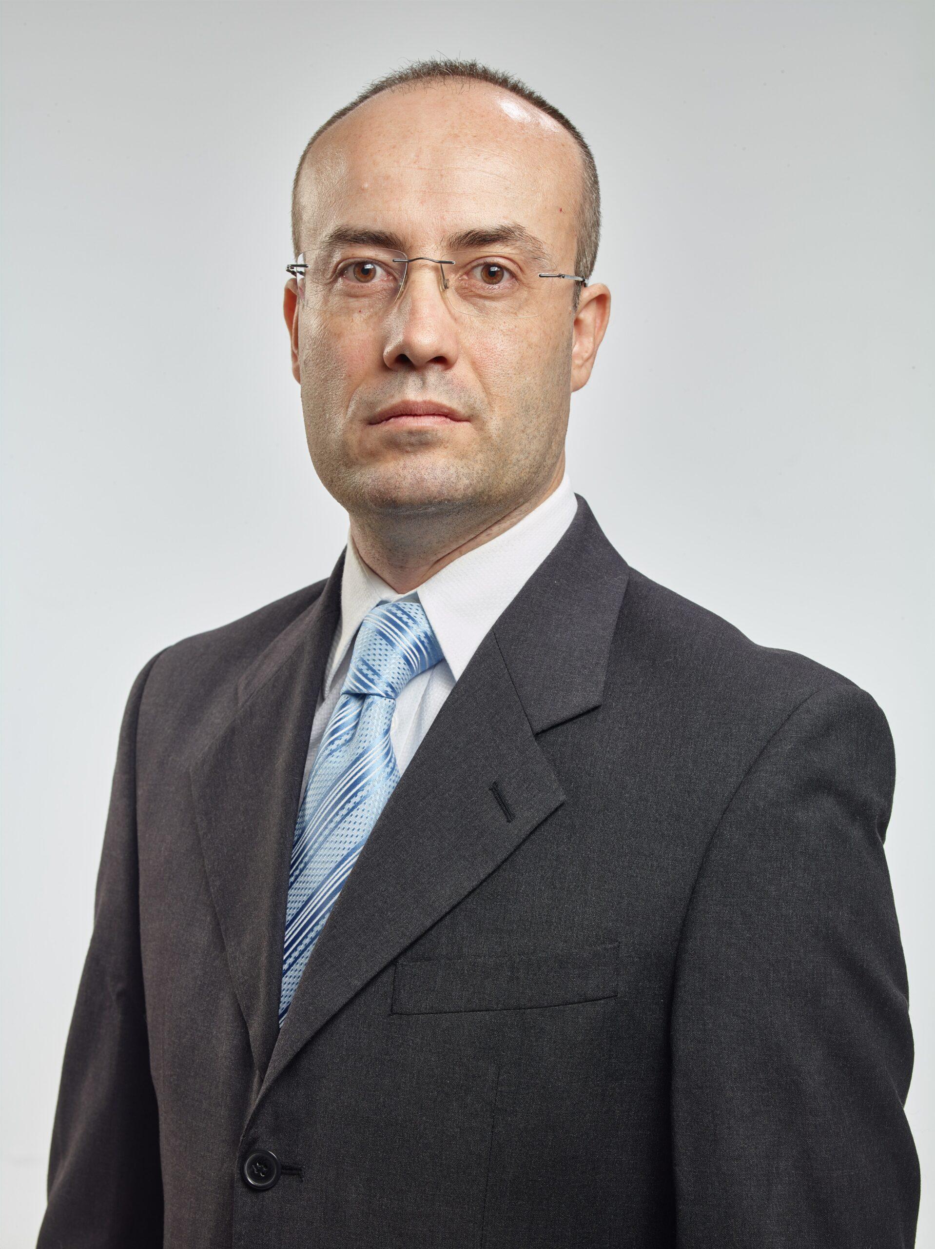 Wolfgang S.